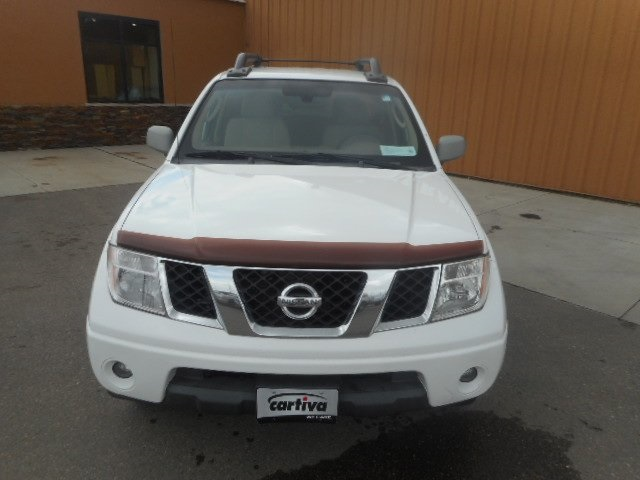 Pre-Owned 2005 Nissan Frontier LE