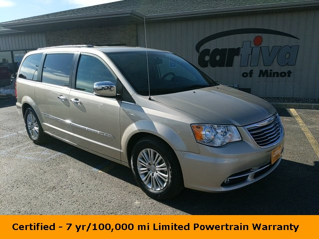 Certified Pre-Owned 2015 Chrysler Town & Country Touring-L